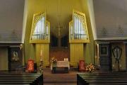 Altarraum mit Orgel ca 2001 (Foto: E.Valerius)