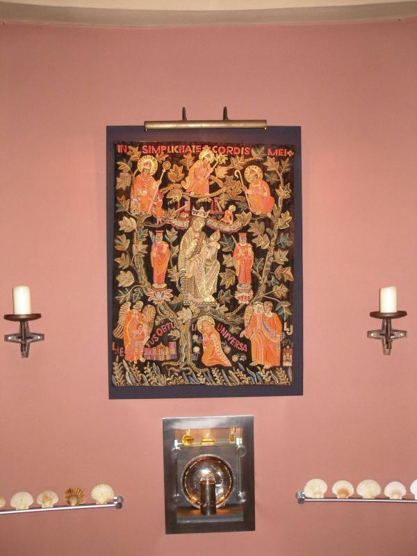 Kostbarkeiten in der Taufkapelle (Foto: E.Valerius)
