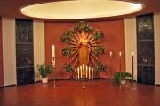linke mittlere Seitenkapelle - Marienstatue, 1951 Bildhauer Ernst Lepper, Essen-Stoppenberg; Ergänzung Strahlen: 1999, Ferdinand Starmann, Neuenkirchen (Foto: E.Valerius)
